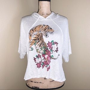 Tops - Cropped Hoodie With Tiger Graphic